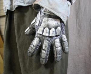 glove - Ash from Evil Dead - Aradani Studios