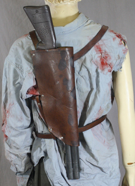 it has a snap harness_back_close ash from evil dead aradani studios