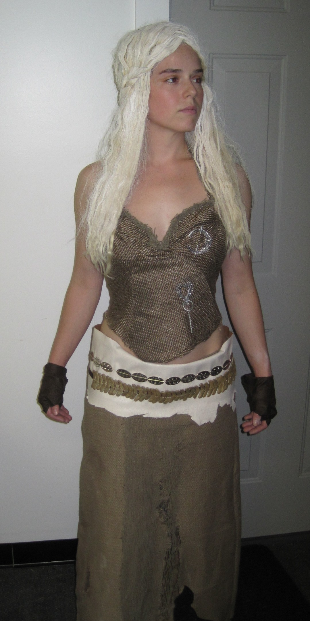 I first started this costume with Khaleesiu0027s ...  sc 1 st  Aradani Costumes & My Daenerys Targaryen Costume for Dragon*Con! -