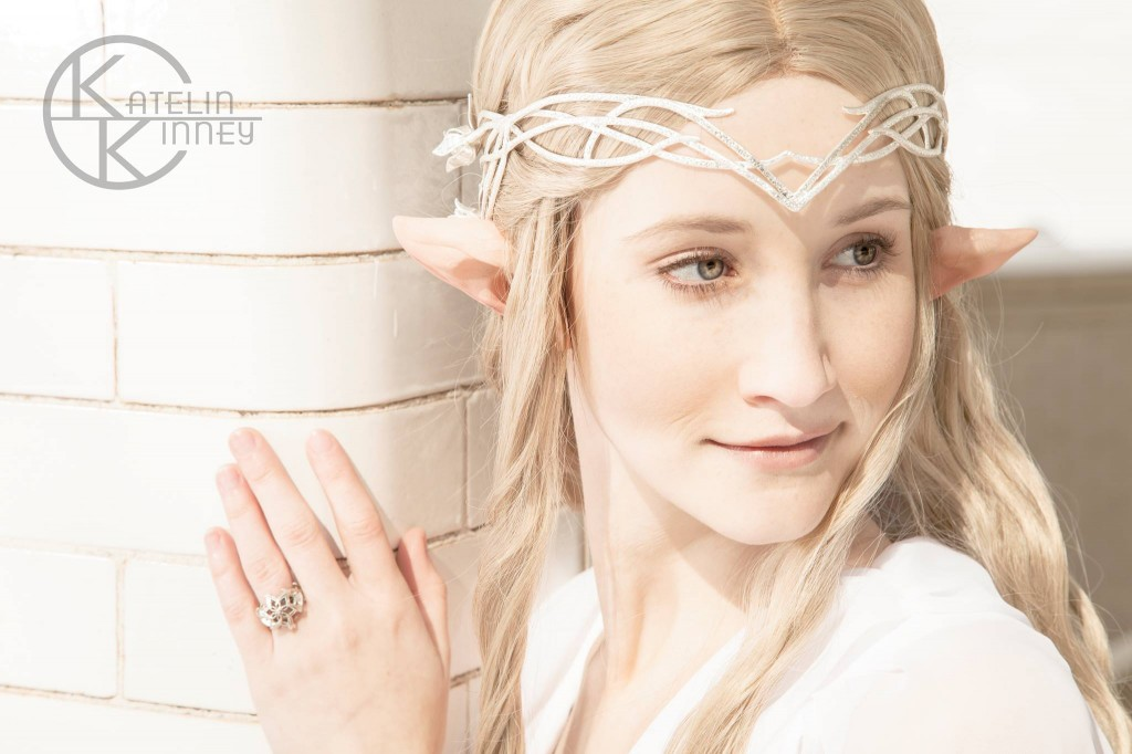 Close up - Galadriel Cosplay
